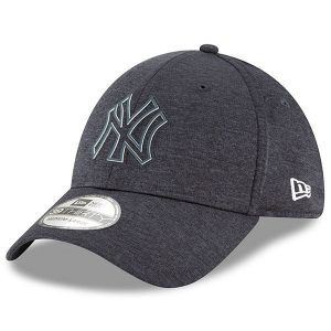 New York Yankees New Era 2018 Clubhouse Collection Classic 39THIRTY Flex Hat – Navy