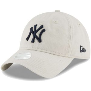 NY Yankees New Era Women's Core Classic Twill 9TWENTY Adjustable Hat – Cream