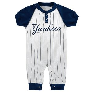 New York Yankees Newborn/Infant Game Time Jumper – White/Navy