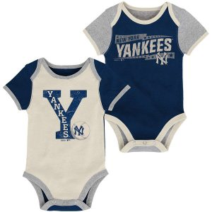 New York Yankees Newborn Navy/Cream Baseball Star Two-Pack Bodysuit Set